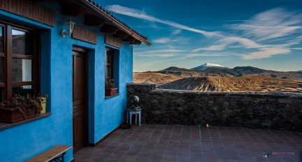 Moncayo can be seen from this terrace in Valdemadera, La Rioja
